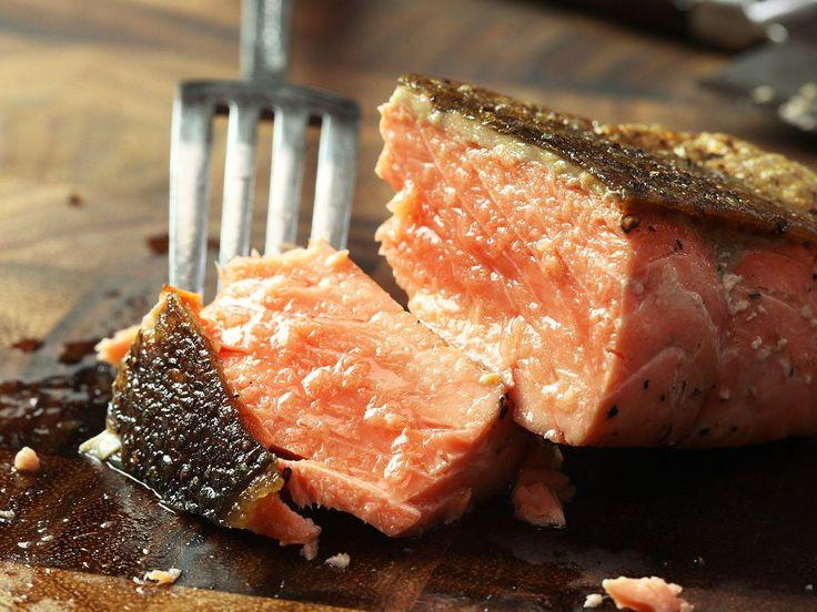 Crispy Pan-Seared Salmon Fillets