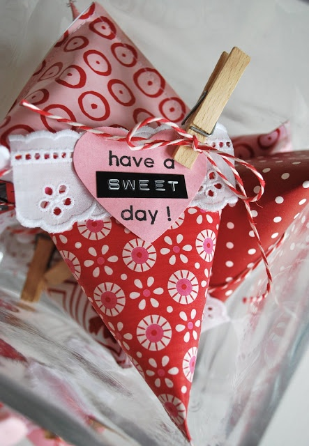 adorable candy packaging ideas! mamas kram: Have a sweet day