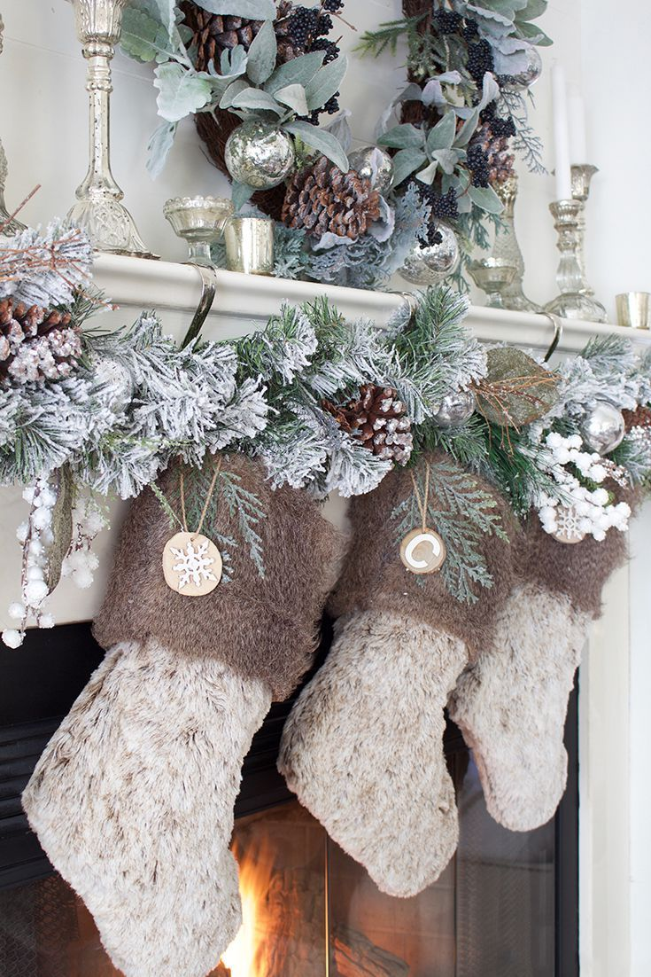 These 75 Christmas Decorating Ideas Are Seasonal Yet Oh So Stylish Christmas Mantel Decorations Rustic Chic Christmas Chic Christmas Decor