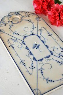 Porcelain cutting board - cheese board. Love the Scandinavian design.