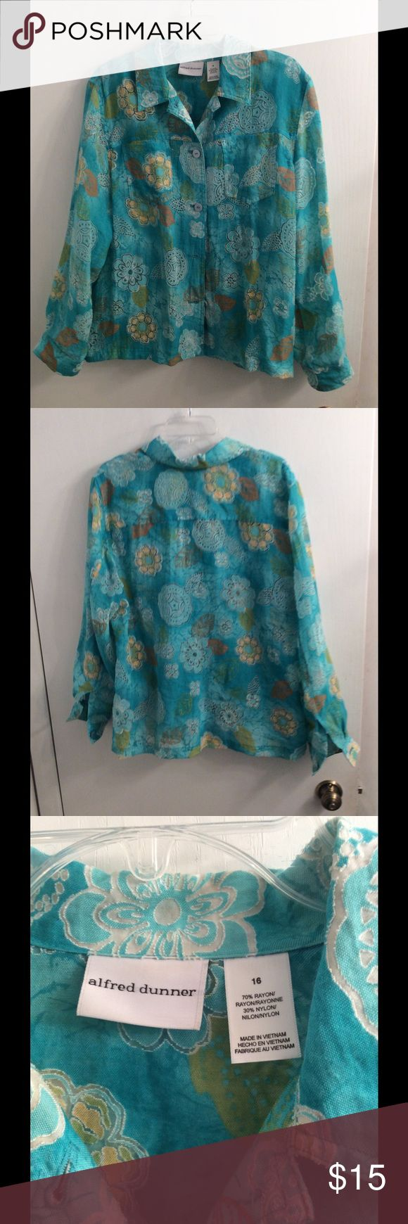 Summer Top Light Jacket Very pretty. Looks wonderful with white or colored tank. Alfred Dunner Tops Button Down Shirts