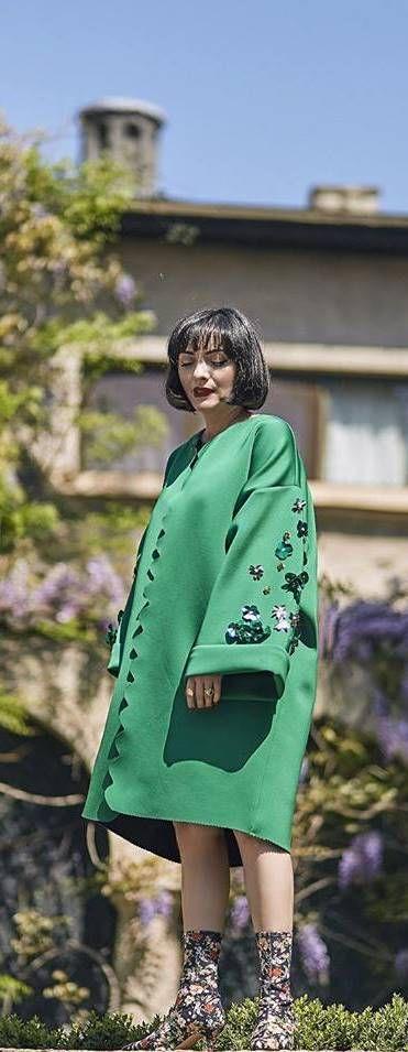 Ana Morodan in Loulou the Brand