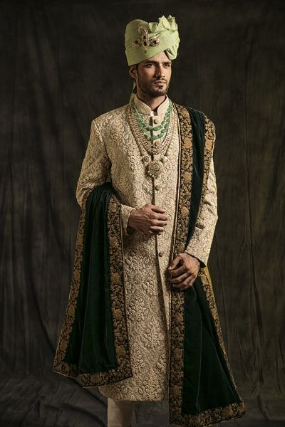 cream and gold sherwani, black dupatta, copper border, mint pagdi, mint safa, gold necklace