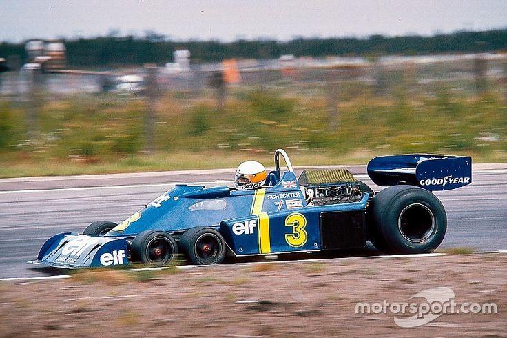 L'histoire de la Formule 1 est marquée par l'apparition de certaines voitures résolument révolutionnaires. La fameuse Tyrrell P34 à six roues est fort probablement celle qui a le plus frappé l'imagination.