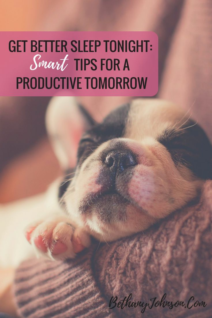 I'm not a morning person. Still, I know the secret to success (in my case, anyway) is getting up early. It's so hard to know how to wake up early so I can get work done before the kids wake up, but I figured out a few tricks that really work.  Thankfully,