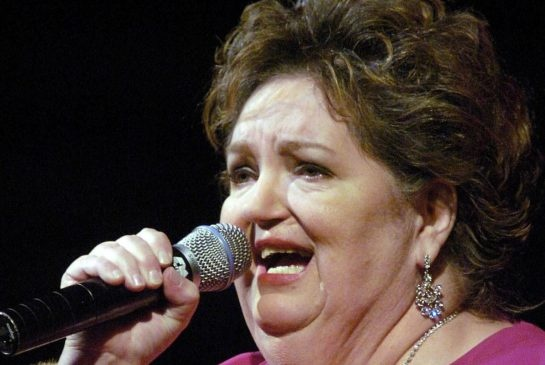 Rita MacNeil dies at 68 after surgery; son says she had been planning summer concerts