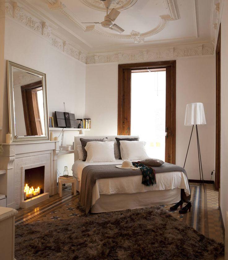 7 ideas para un dormitorio matrimonial increíble en homify Argentina:   https://www.homify.com.ar/libros_de_ideas/35011/7-ideas-para-un-dormitorio-matrimonial-increible