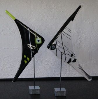 Glasfigurer: Glasses Sculpture