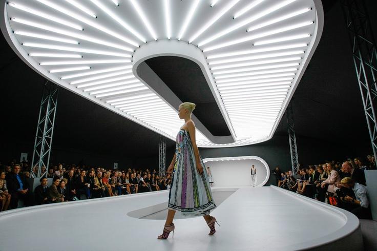 mary katrantzou fashion show set runway fashionweek