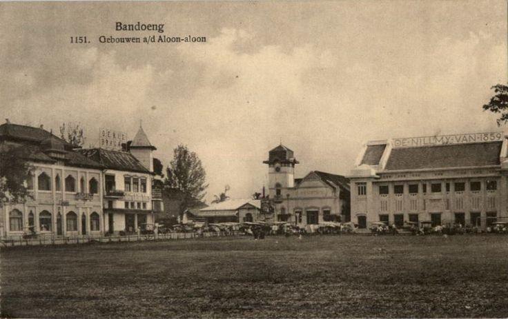 Bandung HERITAGE. Bangunan disekitar Alun-alun Bandung tahun 1920-1932