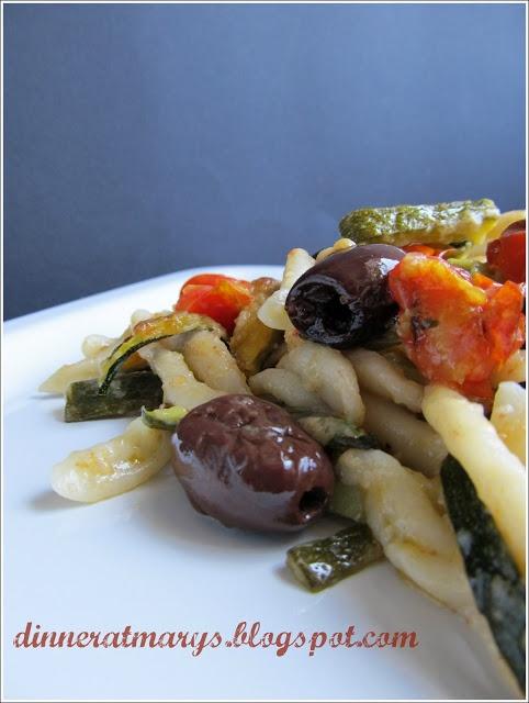 Strozzapreti with vegetables