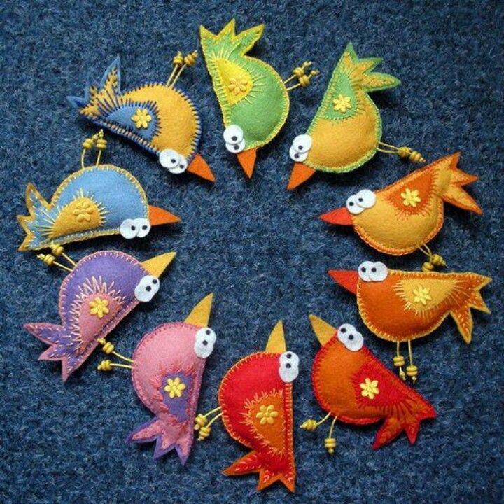 felt+birds елочные игрушки из войлока, christmas crafts, ideas for Christmas… Mais