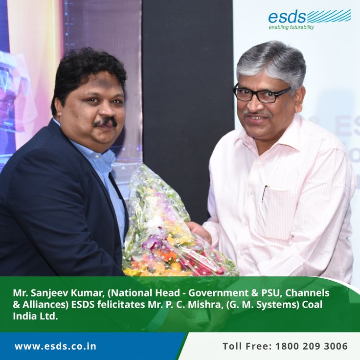 Mr. Sanjeev Kumar, (National Head - Government & PSU, Channels & Alliances),ESDS felicitates Mr. P.C. Mishra (GM-Systems) Coal India Ltd. at #CloudComputing event jointly hosted by HPE India and ESDS.  #technology #IT #Cloud