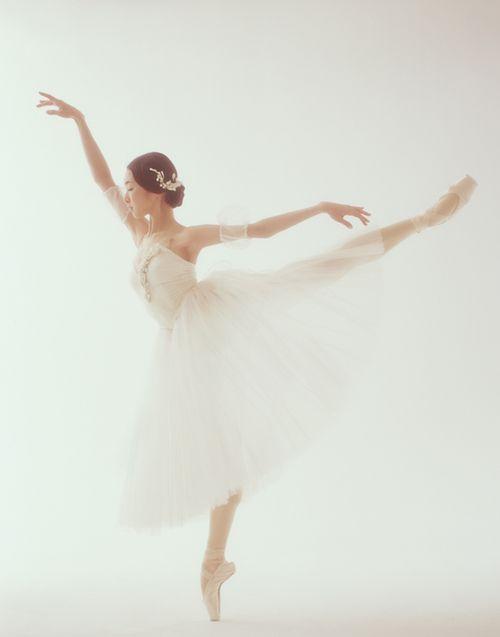 love white/white ballet pics.