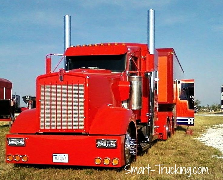 Semi Truck Hoods : Big bad low and mean one hot looking kenworth love