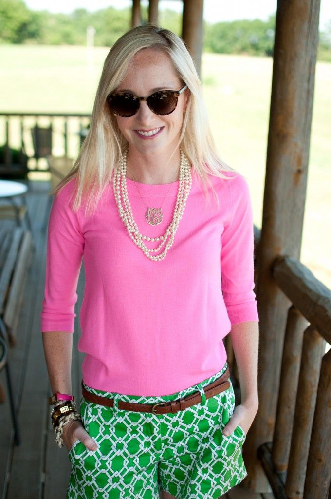 Hot Pink, Kelly Green, a monogram, & pearls --- what more could a girl ask for in an outfit?