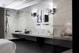 Risultati immagini per ceramiche bagno effetto marmo bianche e grigie