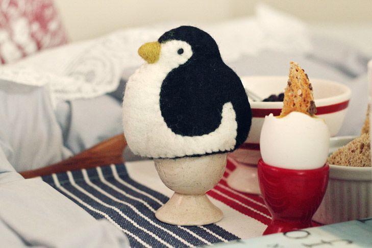 Eierwärmer   penguin-egg-cosy