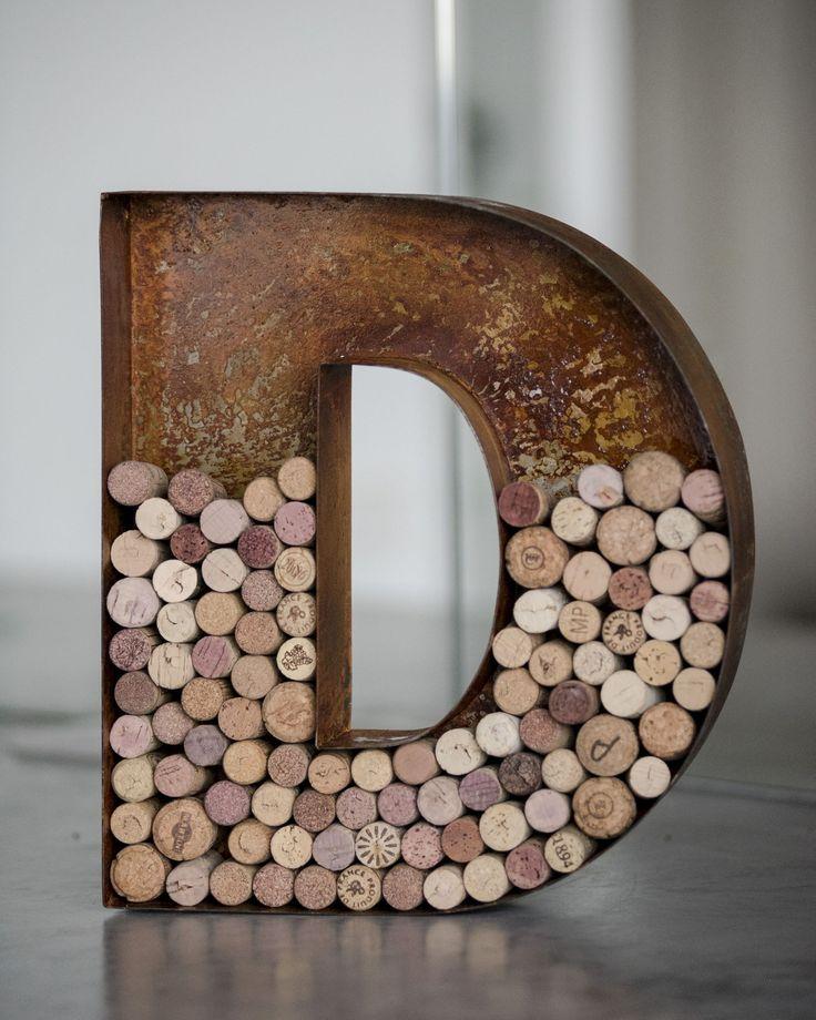 Винная буква D - копилка для пробок