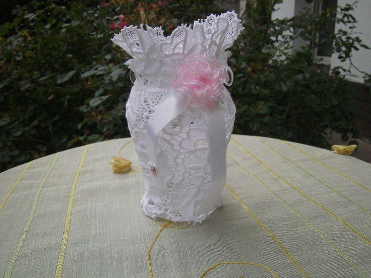 weißes Decoglas - Spitzenglas - homedecor - Glasvase - kleines Spitzenglas von himmeldurchnadeloehr auf Etsy