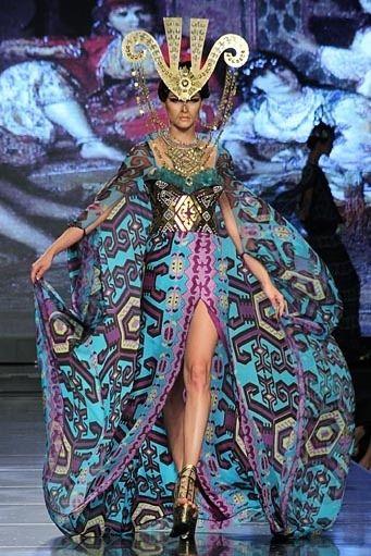 Couture headpieces by Oscar Daniel for Fashion Show 'Kilimology' by Denny Wirawan, JF3