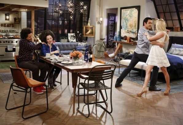 Dining & dancing ~ 2 Broke Girls ~ Episode Stills ~ Season 3, Episode 17 ~ And The Married Man Sleepover