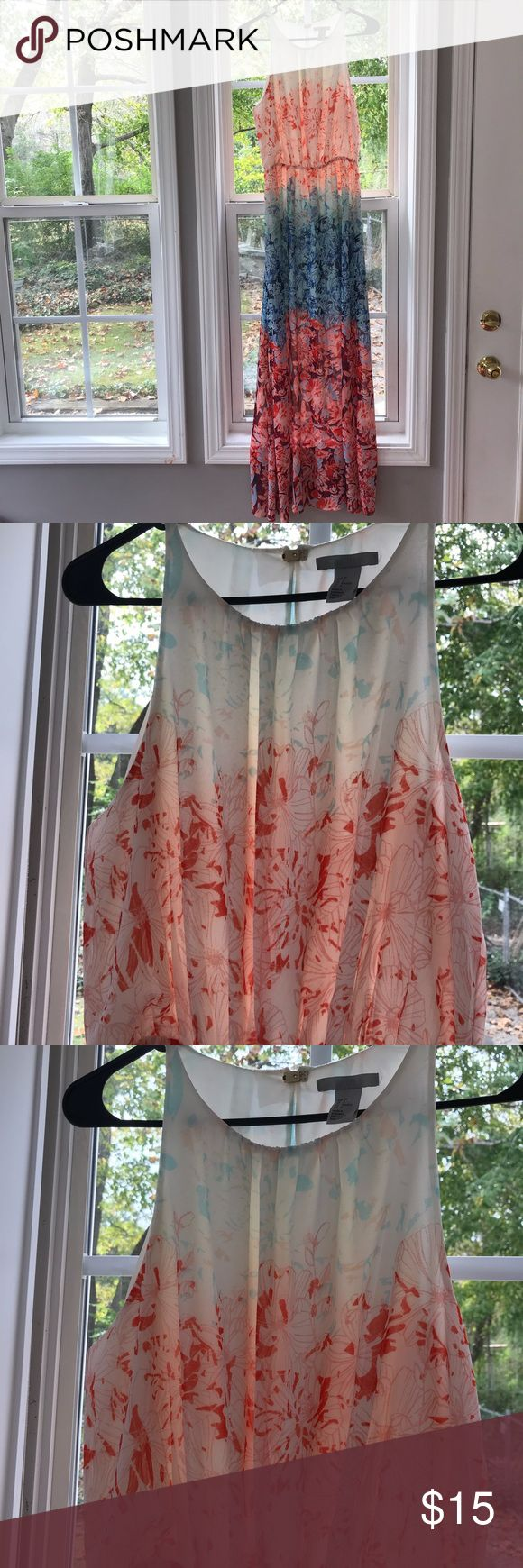 H&M sleeveless maxi dress size 6 Beautiful pre-owned, but in excellent condition, H&M sleeveless maxi dress in size 6. Bust measures 36 inches. Length measures 54 inches with 22 inch side slits. It is lined until above the knee. Ombré effect. Colors range from cream, Coral, pink, to blue. There is a small elastic waist band. It is a pullover with a clip in the back for closure. Material is Polyester. Gorgeous for a beach wedding or Sunday brunch. H&M Dresses Maxi