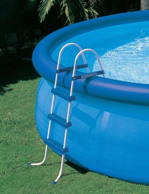 17 Best Ideas About Pool Steps On Pinterest Small Pools Plunge Pool And Modern Pools