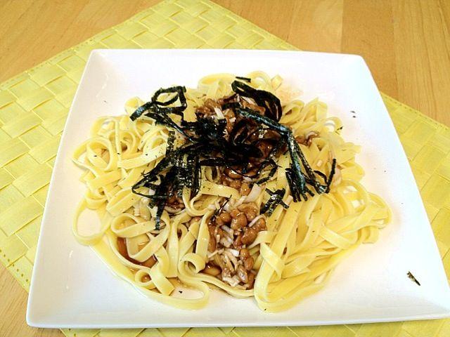 クックパッドに載ってた料理です。 http://cookpad.com/recipe/721872 - 12件のもぐもぐ - 納豆パスタ by tsuba2008