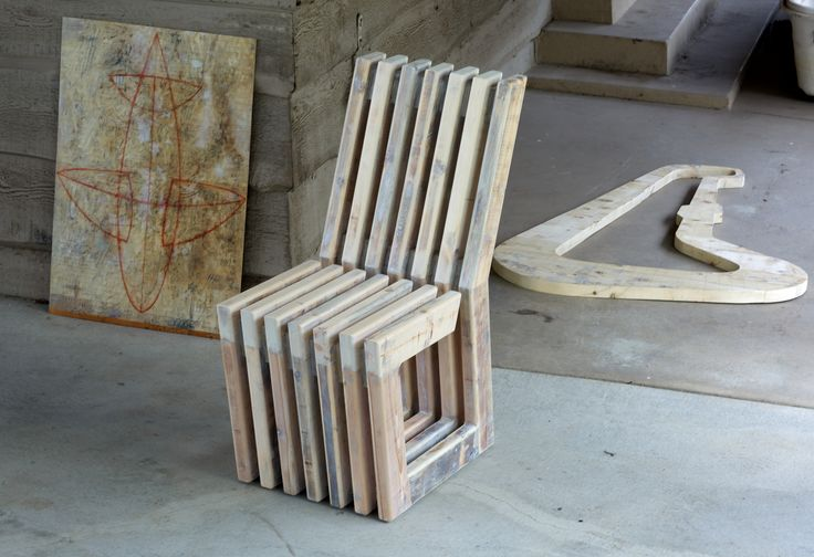 """Dirk Marwig's """"Gap-Chair"""" No.5 (Reclaimed scaffolding wood with white oil wash and wood glue, 92cm high, 40cm wide, 74.5cm deep; seat height: 46.5cm, seat depth: 44cm, Dirk Marwig 2017) *I took this old wood from a construction site next to my house and converted it into my 5th """"Gap-Chair"""". Arrest me! This photo shows the Gap-Chair with the drawing """"Zomb"""" and an unfinished wall object made from the same wood."""