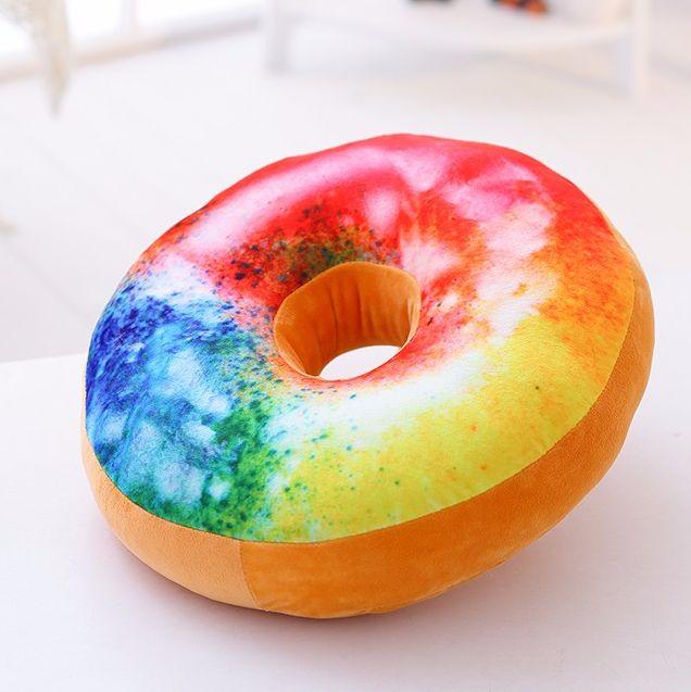 Kawaii Regalitos Lindos, Frikis y Divertidos - Cojín Donuts Rainbow http://www.regalitolindo.cl/product/197765/cojin-donuts-rainbow