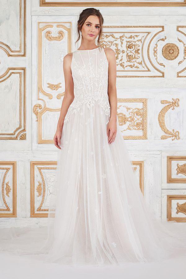 1691 best Bridal Fashion Week images on Pinterest | Short wedding ...