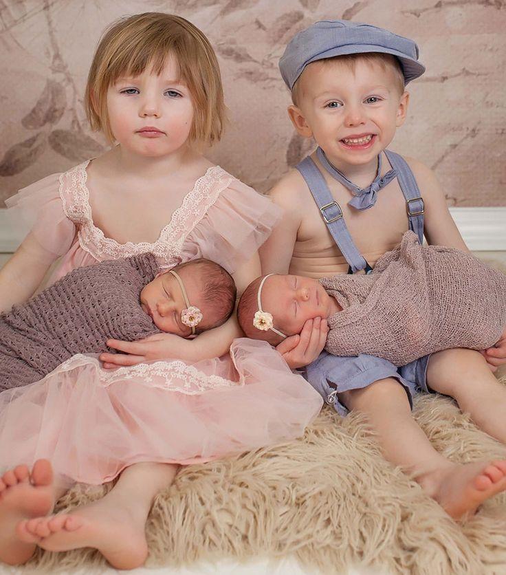 Une mère partage des clichés de deux paires de jumeaux et cela va vous faire fondre.