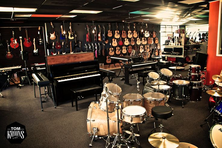 Music Shop, Musical Instruments, Drum, Pianos, Guitars