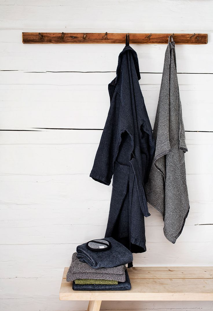 TERVA bathrobe and towels. KIVI towels in washed linen -tencel terry. Woven by Lapuan Kankurit in Finland.