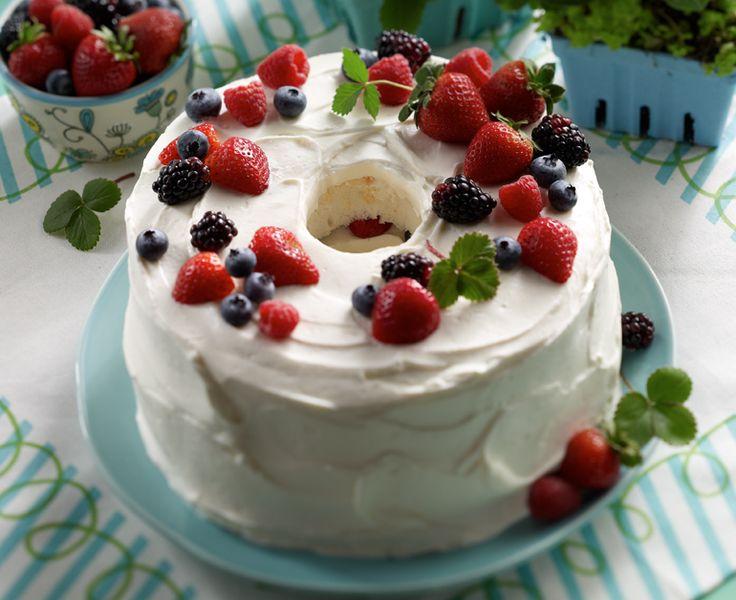 Berry Cloud Cake - Daisy Brand
