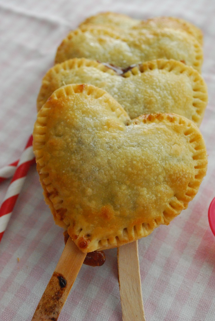 Strawberry & Nutella Pies - think I just found our 2013 Valentine's Dessert for the fan!