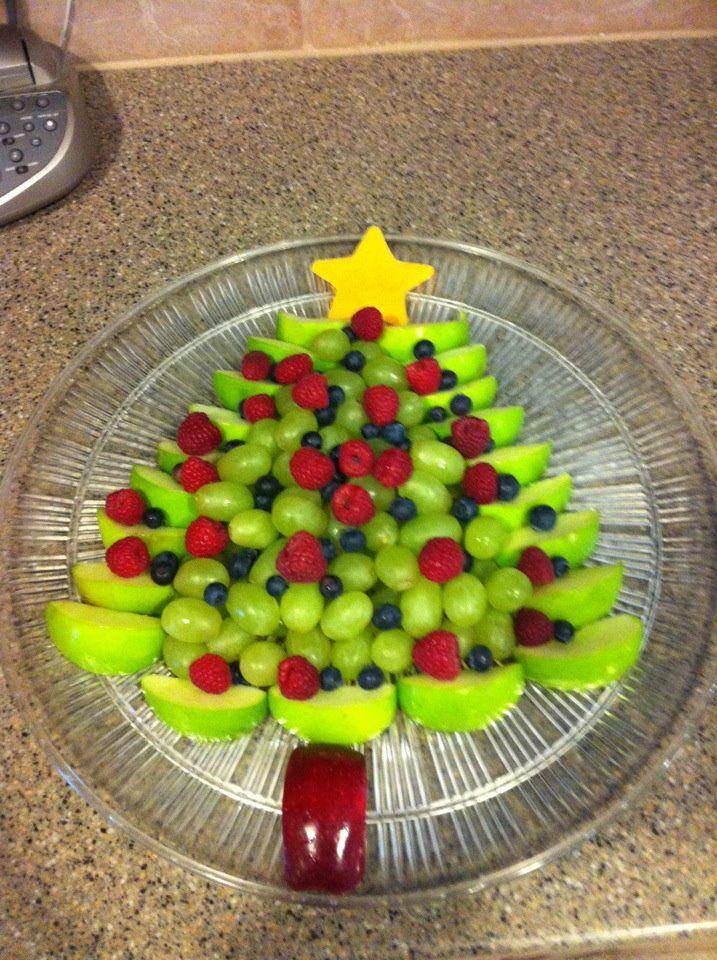 Christmas #Fruit Tree **just add Pomegranate or Rose Petal #Saladshots for low-cal burst of flavor! www.saladshots.com