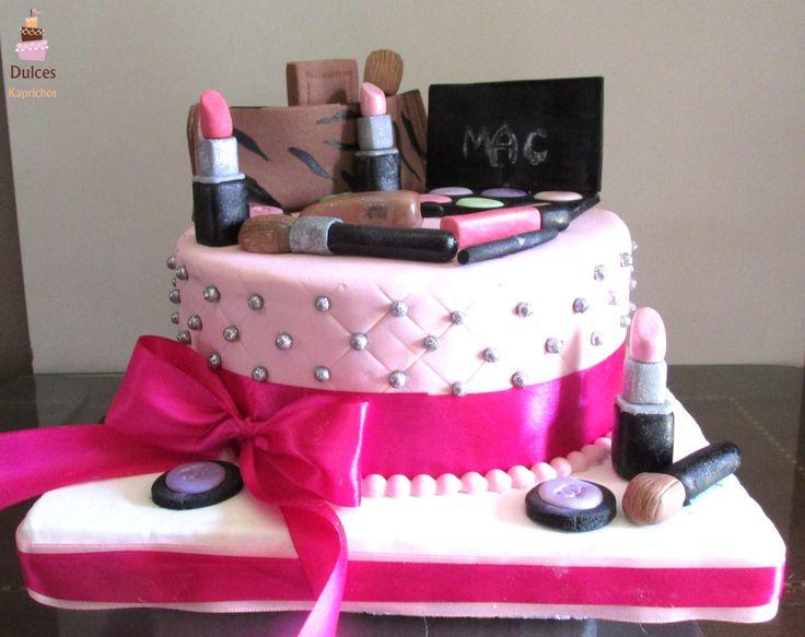 Torta Maquillaje #TortaMaquillaje #TortasDecoradas #DulcesKaprichos
