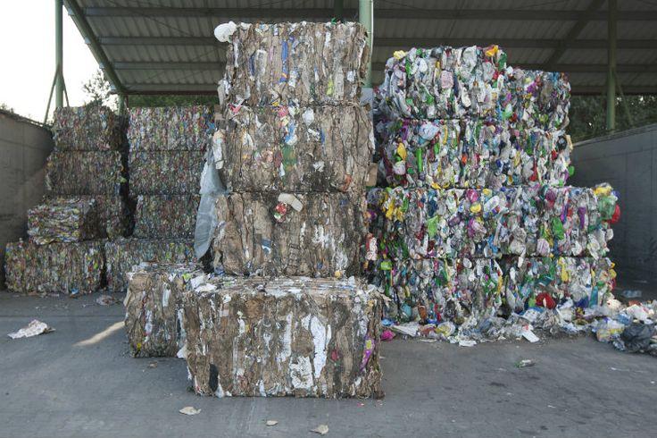 Gdańsk spalarnia śmieci wysokokalorycznych już w 2020 roku.  - UM Gdańsk - Po wybudowaniu spalarni większość odpadów niepoddawanych obecnie recyklingowi zostanie spalona, a powstałą w tym procesie energię miasto zużyje m.in. na podgrzanie wody docierającej do naszych mieszkań.