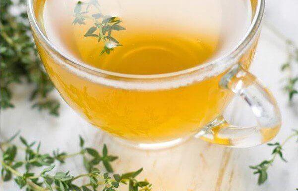Ta herbatka leczy reumatologiczne zapalenie stawów, Hashimoto, stwardnienie rozsiane, a nawet silny kaszel