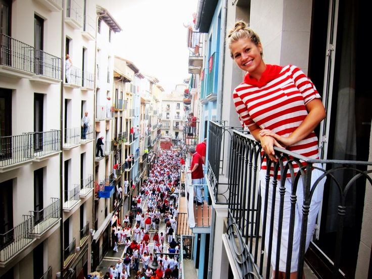 San Fermín Festival: The Running of the Bulls • The Blonde Abroad