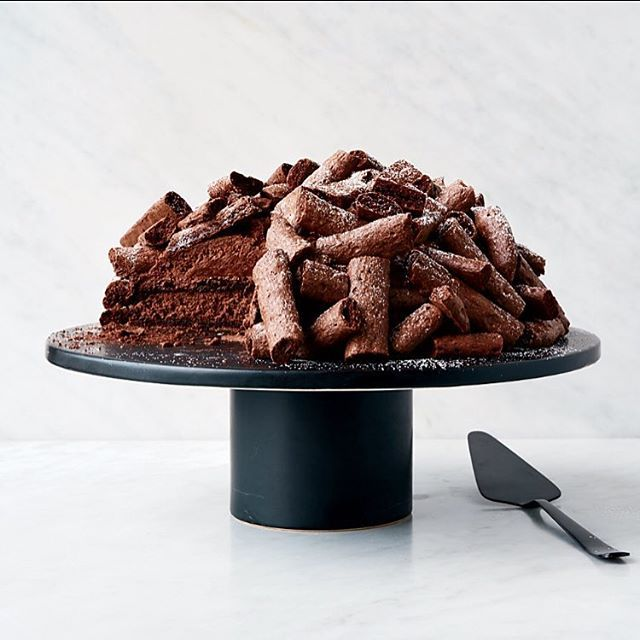 Plans this weekend? How about trying out the recipe for our Concord cake featured in October's @foodandwine magazine?
