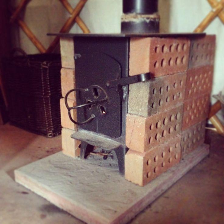 Using bricks to create heat retaining mass around a woodstove - 16 Best Wood Stoves Images On Pinterest
