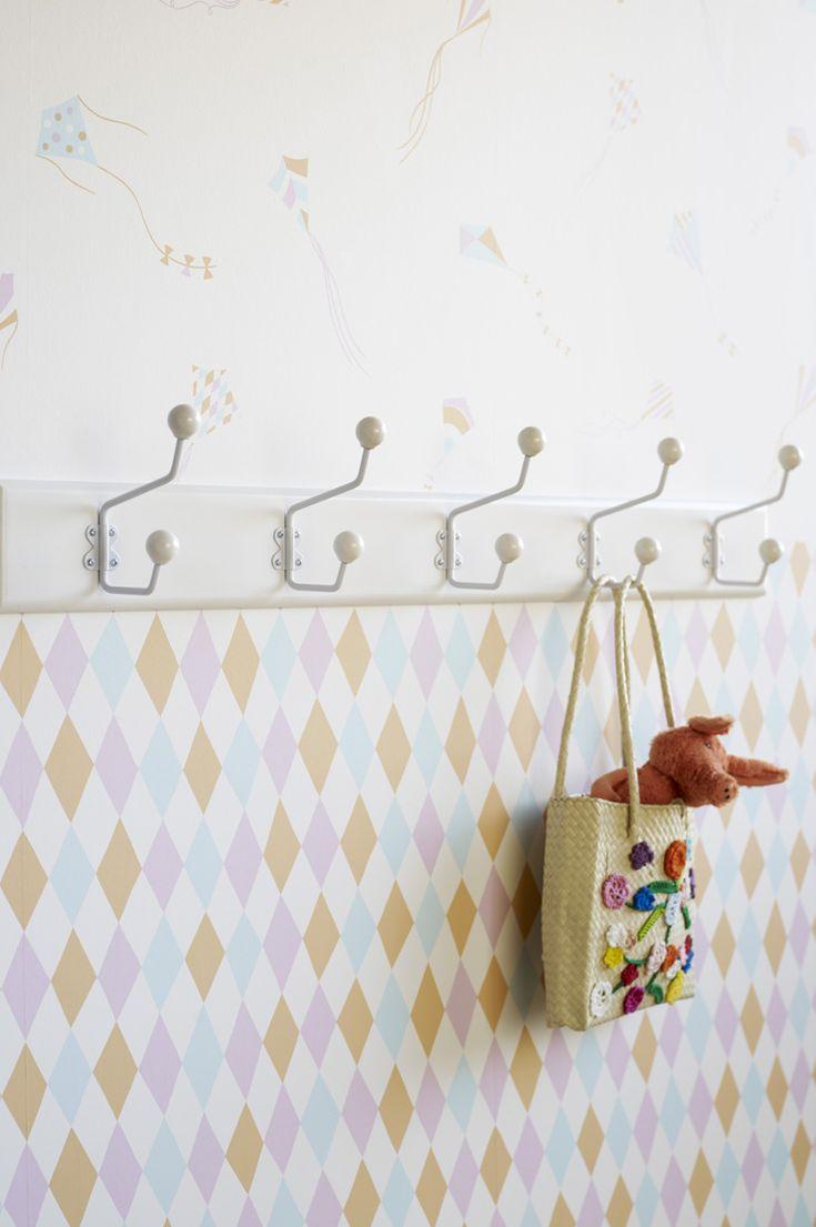 Découvrez notre séléction de papiers peints pour une chambre d enfant sur le th¨me du cirque