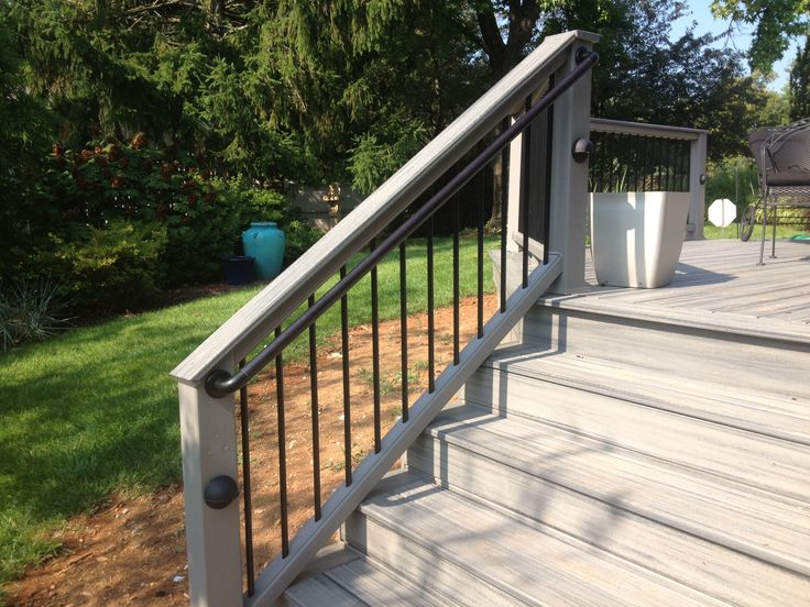 Best Trex Island Mist Decking With Black Ada Handrailing All 640 x 480