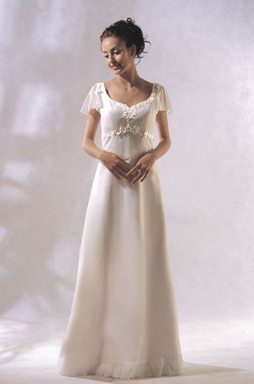 Modern Irish Wedding Dresses : Modern celtic wedding dresses images about on