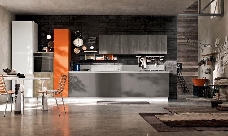Il fascino e la praticita' sono alla base di questo progetto cucina. Maja  e' affascinante, magnetica ed eccentrica ... ma al tempo stesso funzionale, capiente ed affidabile.