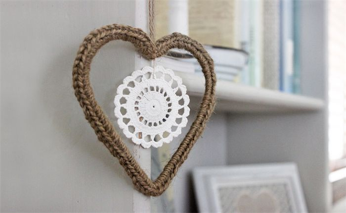 Jute Crochet Heart with Doily - a natural decoration which makes a lovely gift for the person that has everything.