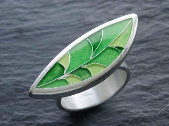 Cloisonne enamel ring in sterling silver, lime green leaf